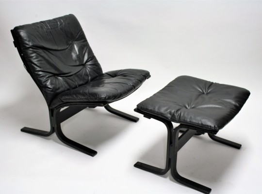 Black leather 'Siesta' chair & ottoman by Ingmar Relling, 1970s