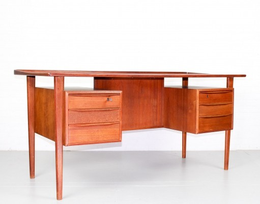 Mid Century desk in teak by Peter Løvig Nielsen, 1960s
