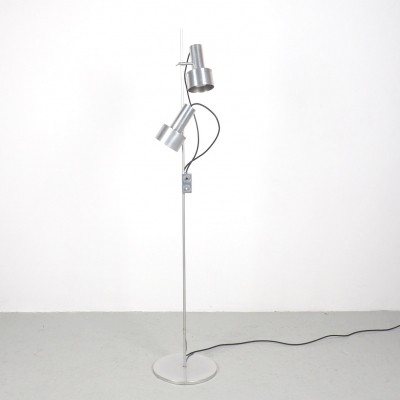 FA floor lamp bij Peter Nelson voor Architectural Lighting Company