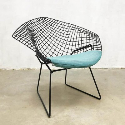 Vintage Diamond chair model 421 by Harry Bertoia for Knoll International