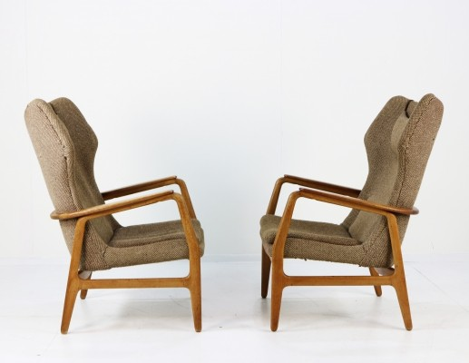 Pair of Teak & Oak wingback chairs by Aksel Bender Madsen for Bovenkamp