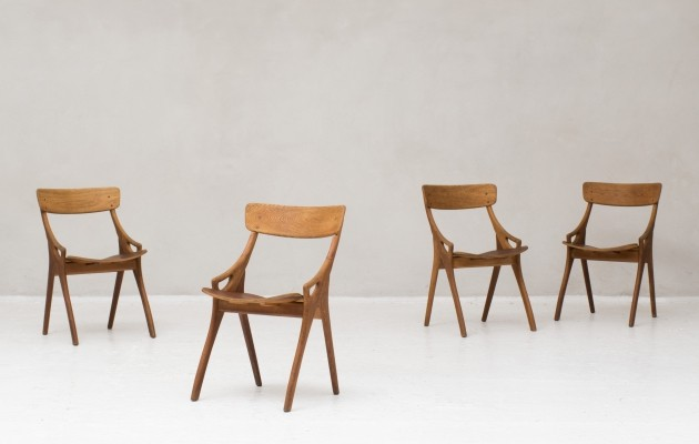 Set of 4 dining chairs by Arne Hovmand Olsen for Mogens Kold, Denmark 1960
