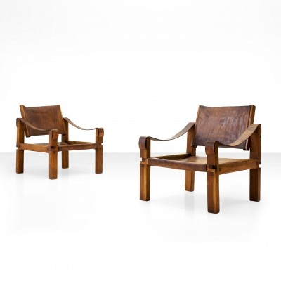Pair of Pierre Chapo S10 Easy Chairs in Cognac Leather & Oak, France 1960s