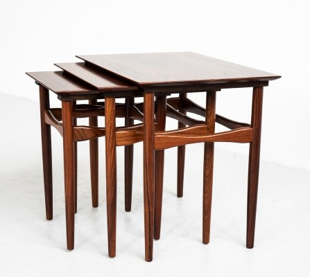 Danish nesting tables in rosewood by Hundevad, 1960s