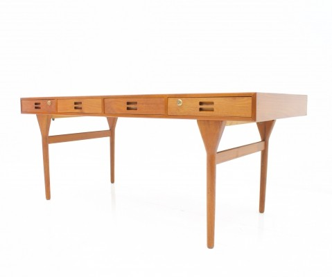 Large 'ND 93' desk with four drawers by Nana Ditzel for Søren Willadsen, Denmark 1958