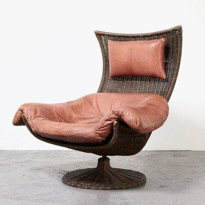 Gerard van den Berg Leather Rattan Lounge Chair for Montis, 1970s