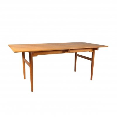 Hans J. Wegner Oak Dining Table for Andreas Tuck, Denmark 1950s