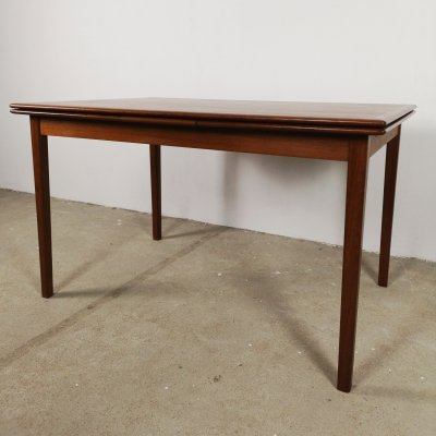 Danish extendable table 126cm - 226cm