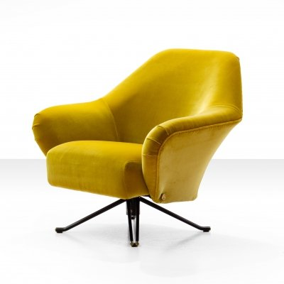 Osvaldo Borsani P32 Lounge Chair in Ochre Yellow Velvet, Italy 1956