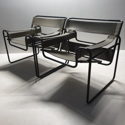 Pair of Marcel Breuer 'Wassily B3' chairs with black frame & olive green leather