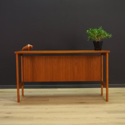 Scandinavian design writing desk in teak, 1970s