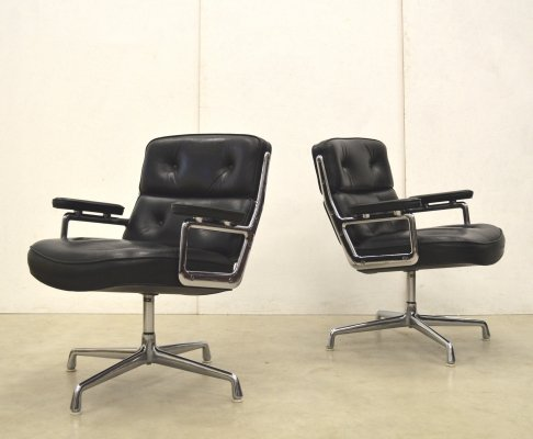 2 x ES108 Lobby office chair by Charles & Ray Eames for Herman Miller, 1970s