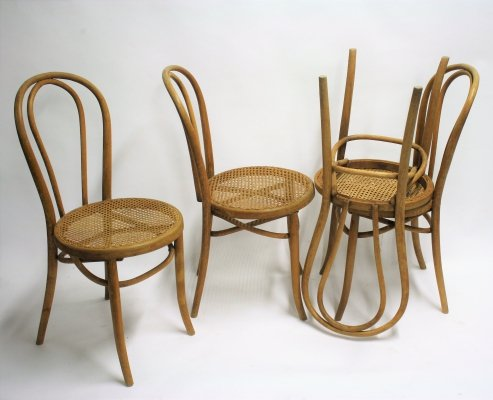 Set of 4 Antique Thonet no 18 dining chairs, 1920s