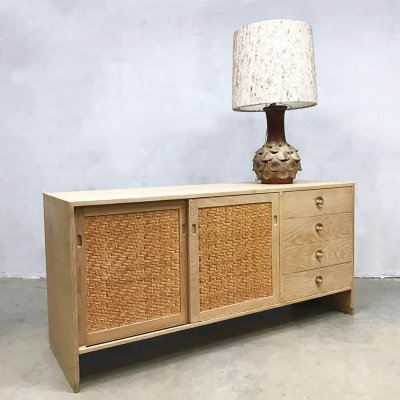 Vintage Danish design RY-100 sideboard by Hans Wegner