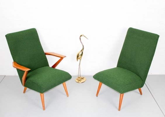 Set of two 1950s lounge chairs in boucle fabric & pine wood