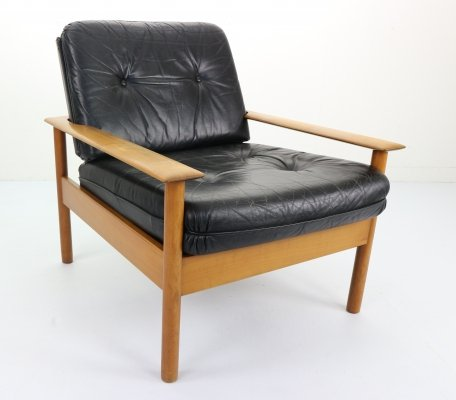 Mid-Century Modern Scandinavian Design Leather Lounge Chair, 1960s