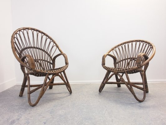 Mid Century set of 2 peacock chairs in brown rattan, 1970s