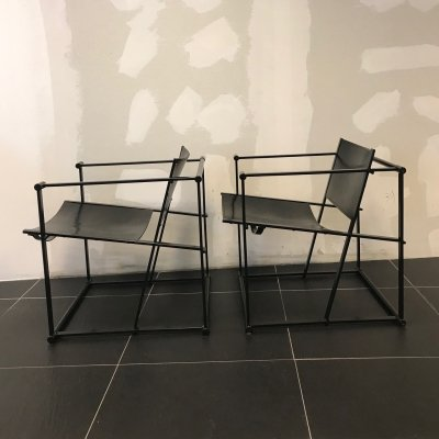 Pair of Black leather FM 62 chairs by Radboud van Beekum for Pastoe, 1980s