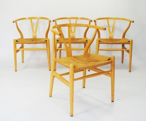 Set of 4 Wishbone or Y-chairs by Hans Wegner for Carl Hansen & Son, 1950s