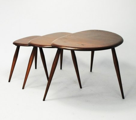 Pebble nesting table by Lucian Randolph Ercolani for Ercol, 1950s