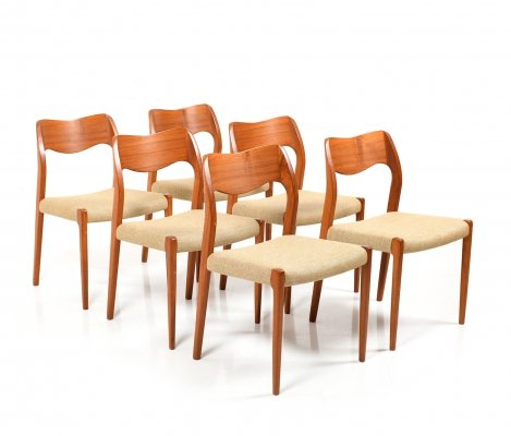 Set of 6 'Model 71' Dining Chairs in teak by Niels O. Moller