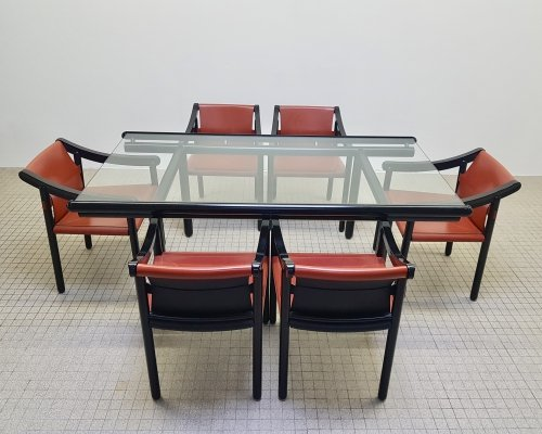 Vintage Cassina 905 leather chairs + matching Vico Magistretti dining table