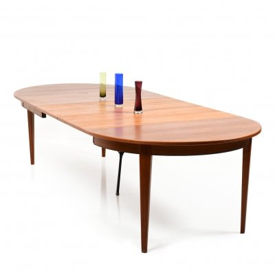 Large Round / Oval Danish Dining Table by Omann Jun