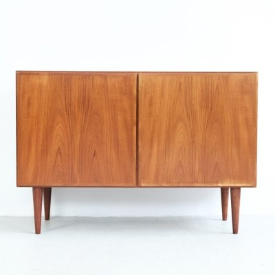 Danish cupboard in teak by Omann Jun, 1960s
