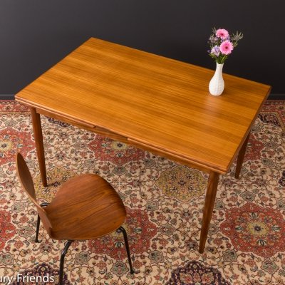 Extendable dining table from the 1960s