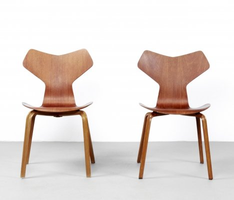 2 x Grand Prix dining chair by Arne Jacobsen for Fritz Hansen, 1960s