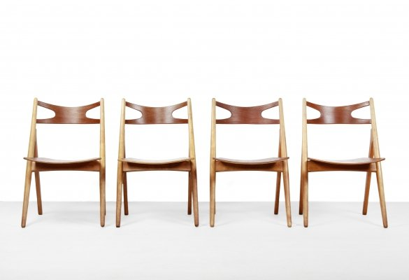 Set of 4 Hans Wegner Sawbuck model CH29 chairs by Carl Hansen