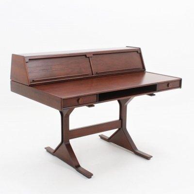 Gianfranco Frattini for Bernini 'model 530' rosewood writing desk, Italy 1957