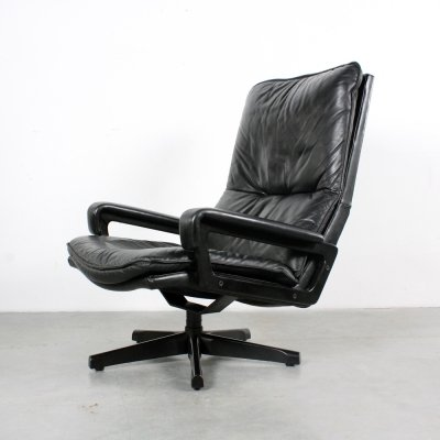 High back King Chair by André Vandenbeuck for Strässle, 1960s