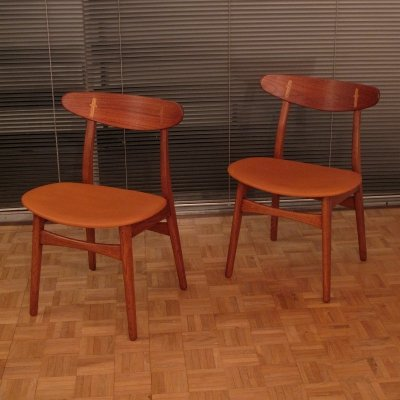 Pair Of Hans Wegner CH30 Oak, Teak & Leather Chairs For Carl Hansen & Son