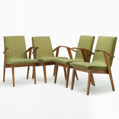 Set of 4 type 300-123 armchairs / women's version by M. Puchała, 1960s