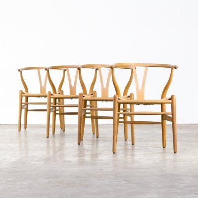 Set of 4 Hans Wegner 'CH24' wishbone chairs for Carl Hansen & Son
