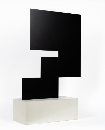 Minimalist sculpture by the Swiss artist Théodore Bally