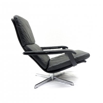 Vintage leather armchair by Goldsiegel