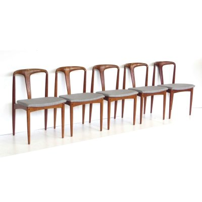 Set of 5 vintage dining chairs by Johannes Andersen for Uldum Mobelfabrik
