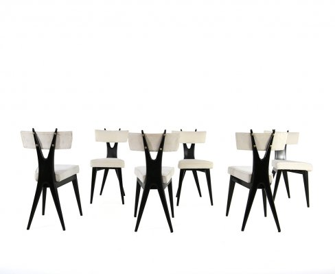 Set of 6 chairs by Gianni Vigorelli in white velvet fabric