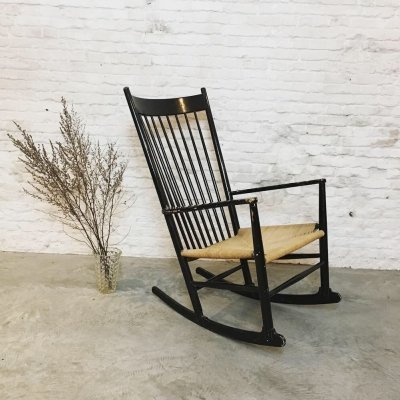 Hans J. Wegner J16 black Rocking Chair made by FDB Möbler