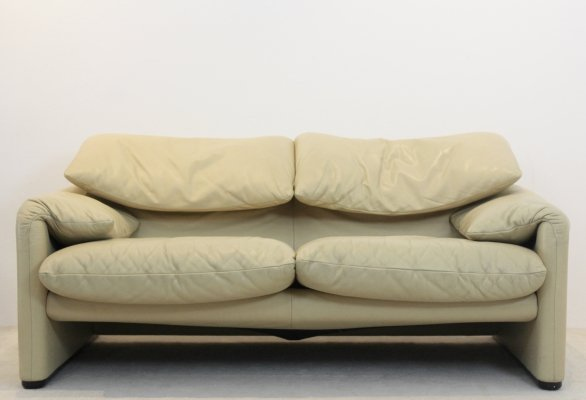 Two-Seat Maralunga Leather Sofa by Vico Magistretti for Cassina