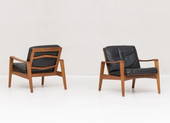 Set of 2 easy chairs by Arne Wahl Iversen for Komfort