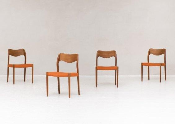 Set of 4 Classic Danish 'model 71' dining chairs by Niels Otto Møller