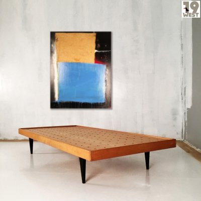 Minimalist daybed from the 1950's