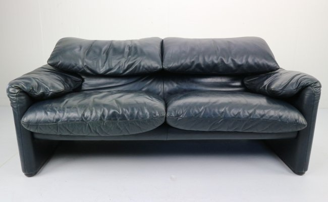 Dark Blue Leather Maralunga 2-Seat Sofa by Vico Magistretti for Cassina, 1970