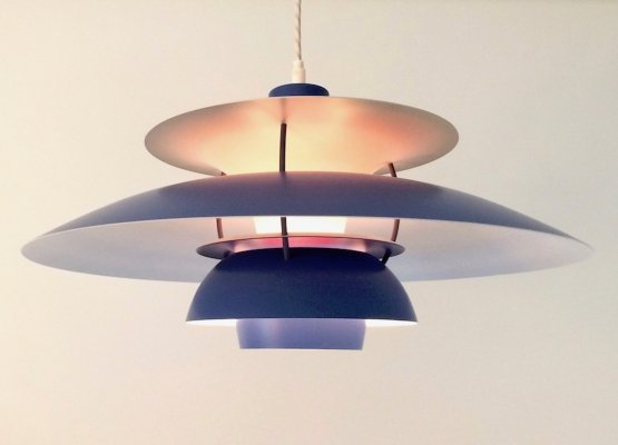 Vintage 'PH 5' pendant lamp in blue by Poul Henningsen for Louis Poulsen, 1957