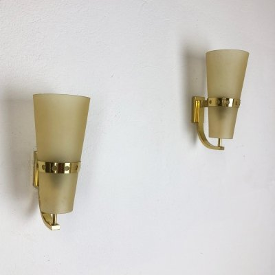 Set of Two Modernist Brass Wall Lights / Sconces, Italy 1950s