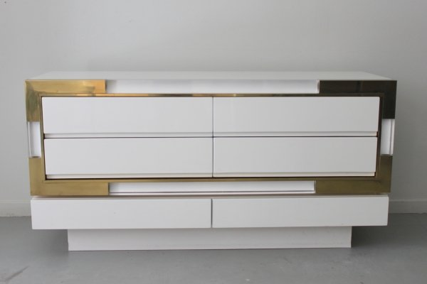 Top end Italian chest of drawers in lucite & brass, 1980s