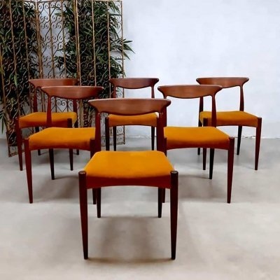 Set of 6 vintage Danish design dining chairs by Arne Hovmand-Olsen